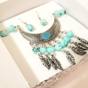 TURQUOISE TRIBAL MOON LEAF BOXED EARRINGS NECKLACE